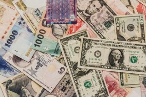 通貨ペア 展望 マネーゲーム 破綻
